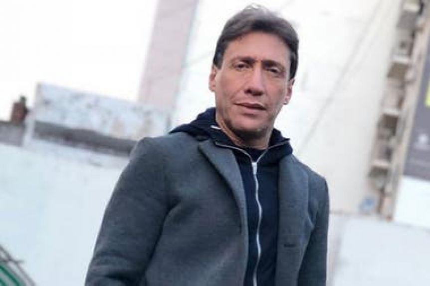 """Una periodista denunció a Fabián Gianola porque """"le tocó la cola"""""""