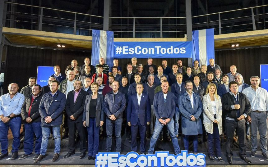 """Hackeo electoral: el PJ bonaerense se reúne en el Senado para exigir """"elecciones limpias"""""""