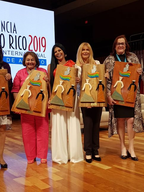 Magario se trajo un par de premios de la Cumbre Internacional de Alcaldes