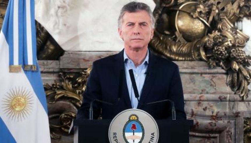 Macri anunció suba del 40% en las becas Progresar y adoptó a la Educación como eje de campaña