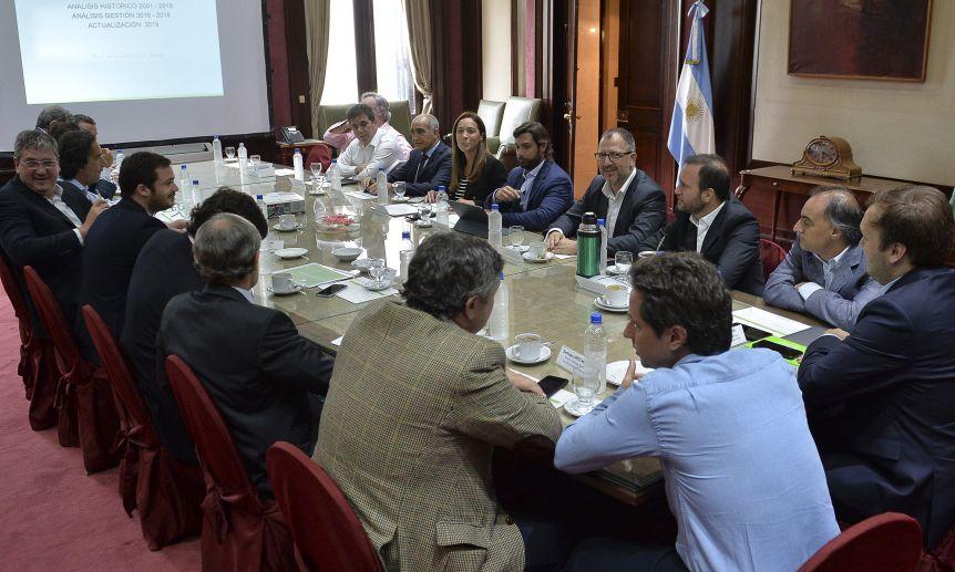 Con el conflicto social creciente, el gobierno de Vidal analiza cómo responder a los reclamos gremiales