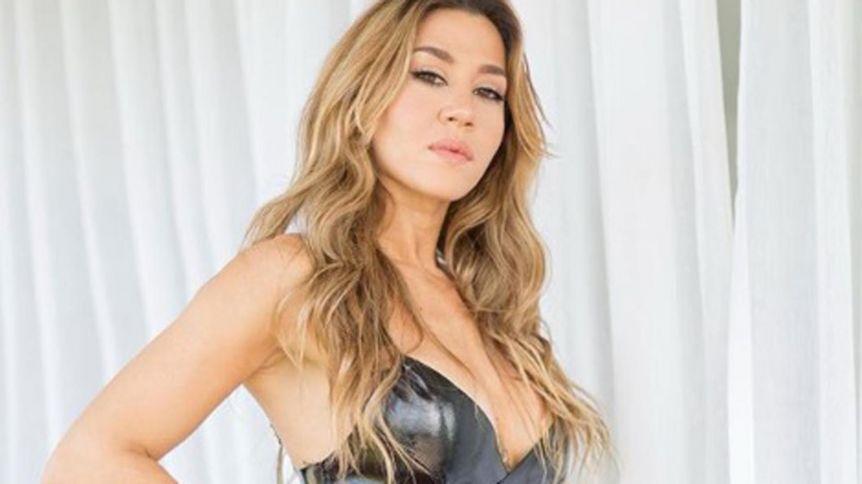 En topless y frente al espejo, Jimena Barón estalló el termómetro de Instagram