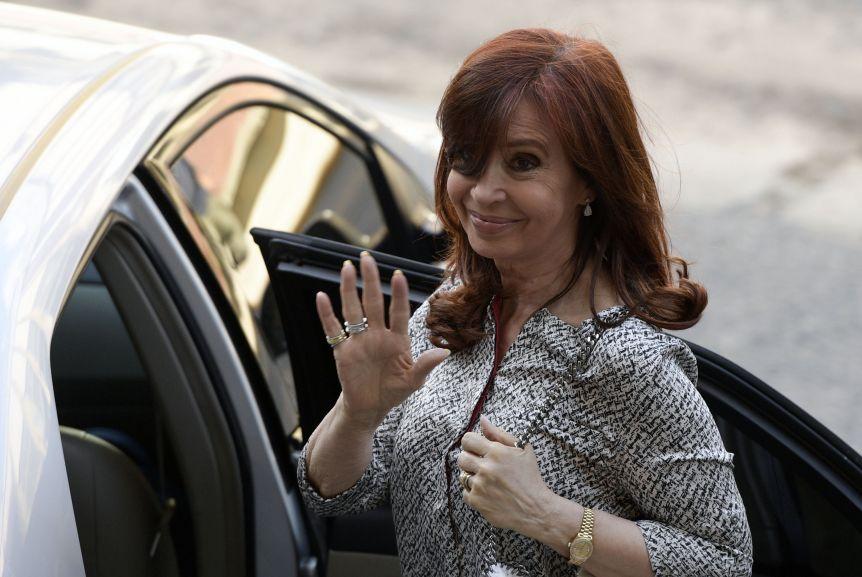 Cristina extendió su estadía en Cuba