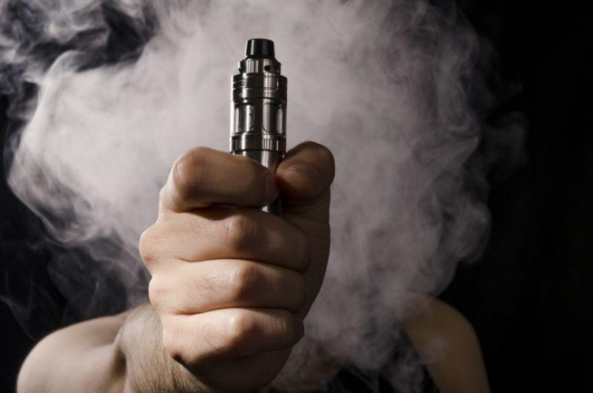 Un adolescente murió tras el uso del cigarrillo electrónico y en Estados Unidos ya son 19 las víctimas
