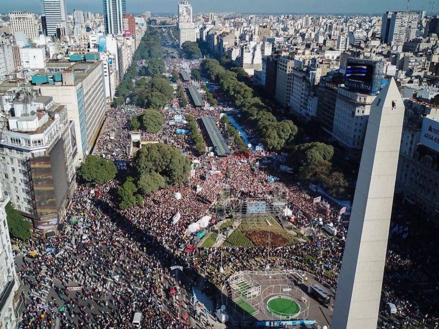 """""""La Marcha del Millón"""", el nuevo desafío de Macri para llegar a las generales lleno de mística"""