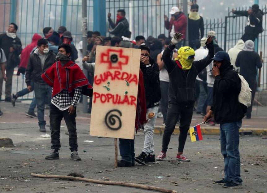 Dos muertos y 700 heridos en las protestas contra Lenin Moreno