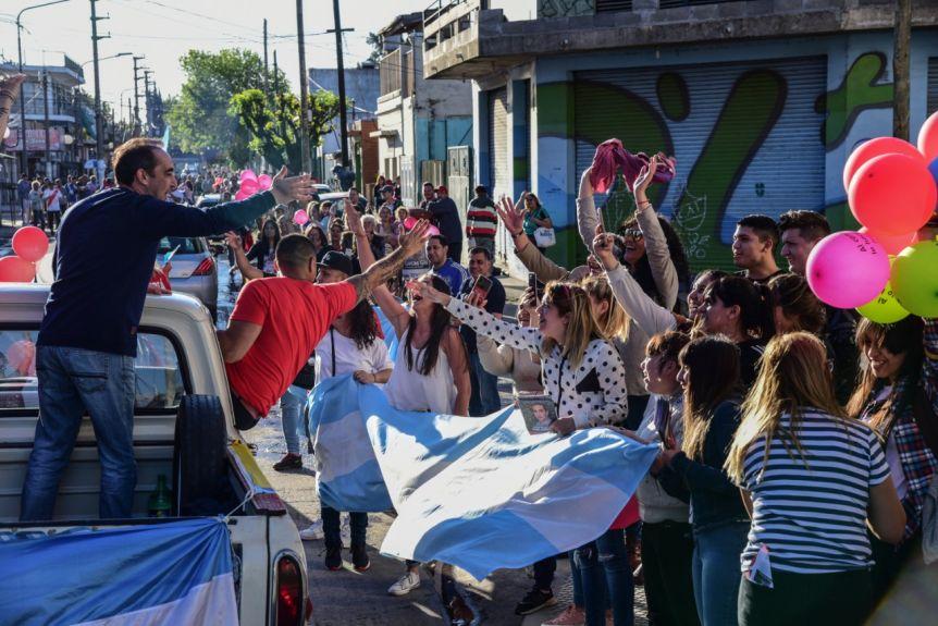 "Tagliaferro cerró la campaña con la ""Caravana de la Esperanza"""