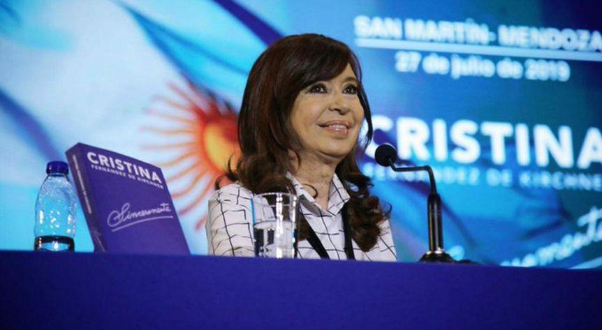 Cristina presentará su libro en Quilmes y se espera un fuerte respaldo a la intendenta electa