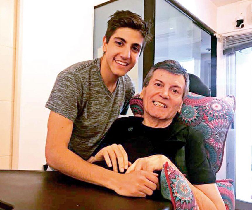 Carlín Calvo fue dado de alta