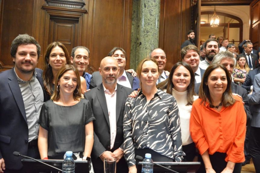 Legislatura porteña: los radicales se cortaron solos y no se alinearon a Larreta