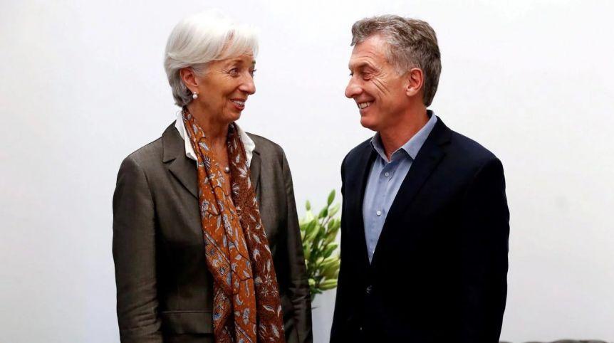 Denuncian penalmente a Macri y a varios de sus funcionarios por el acuerdo con el Fondo Monetario