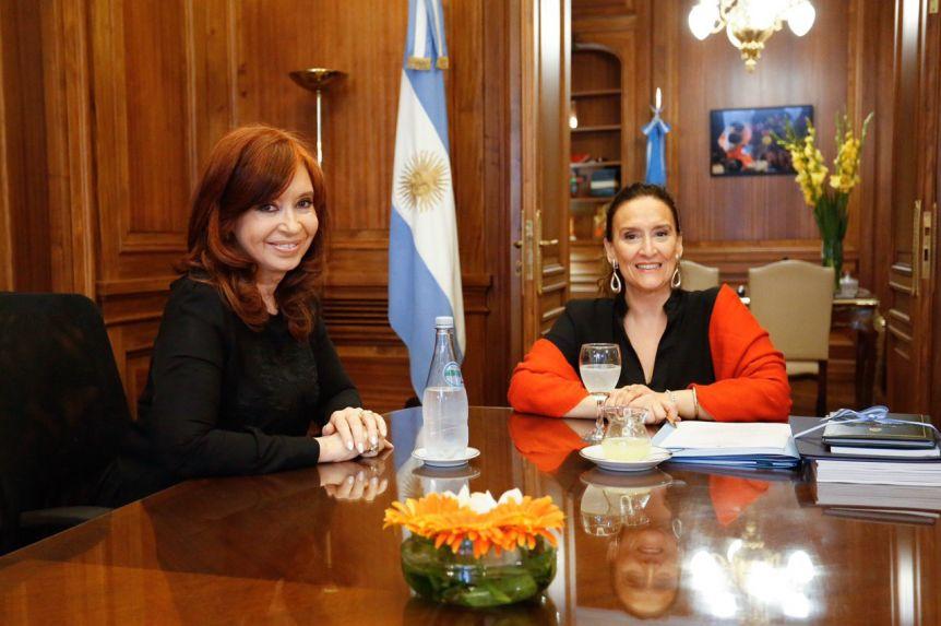 Cristina se reunió con Michetti y con senadores del Frente de Todos para ordenar el traspaso