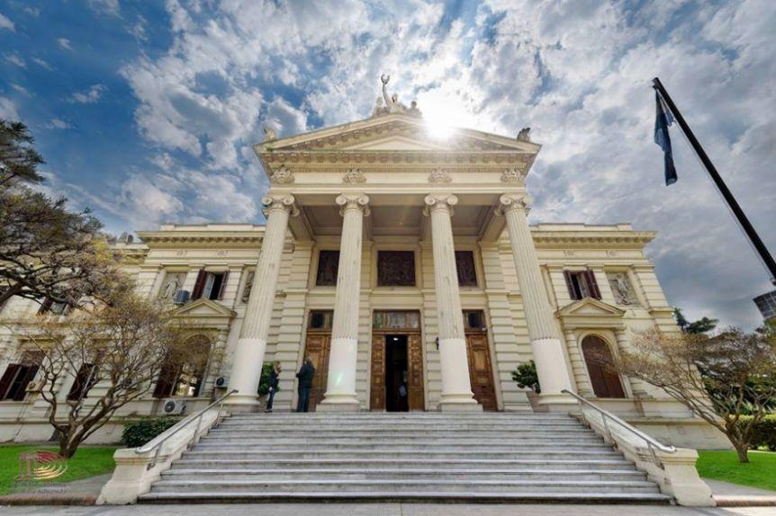 El peronismo acelera las reuniones para definir los cargos legislativos