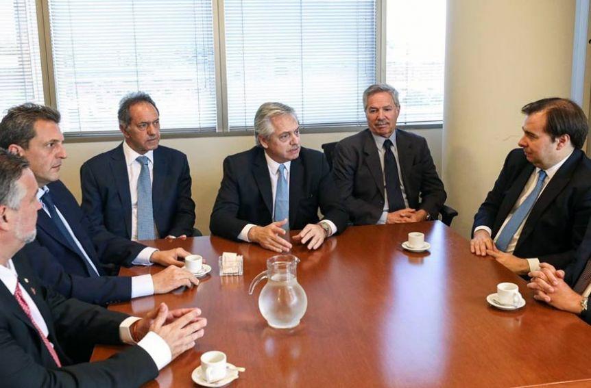 Alberto confirmó a Solá en la Cancillería y a Scioli como embajador en Brasil