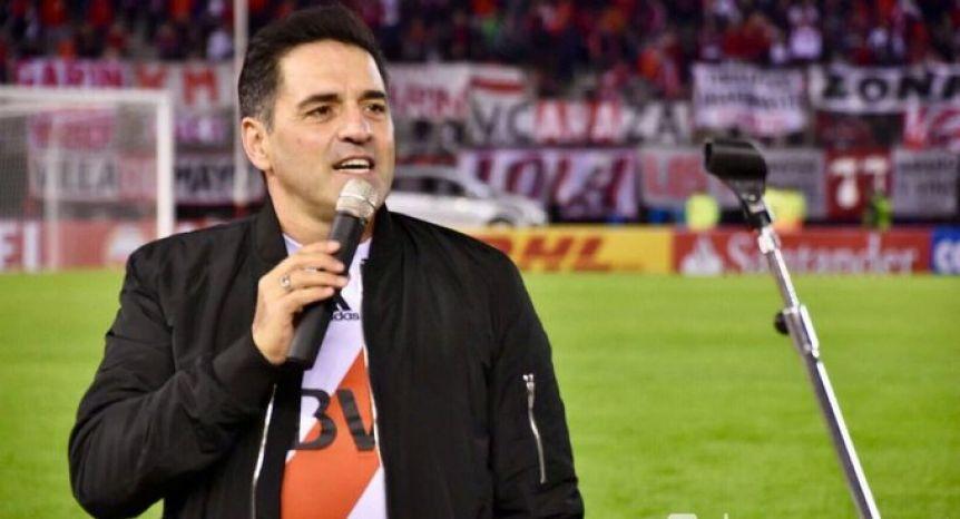 Fuerte repudio de los hinchas de River contra Mariano Iudica: