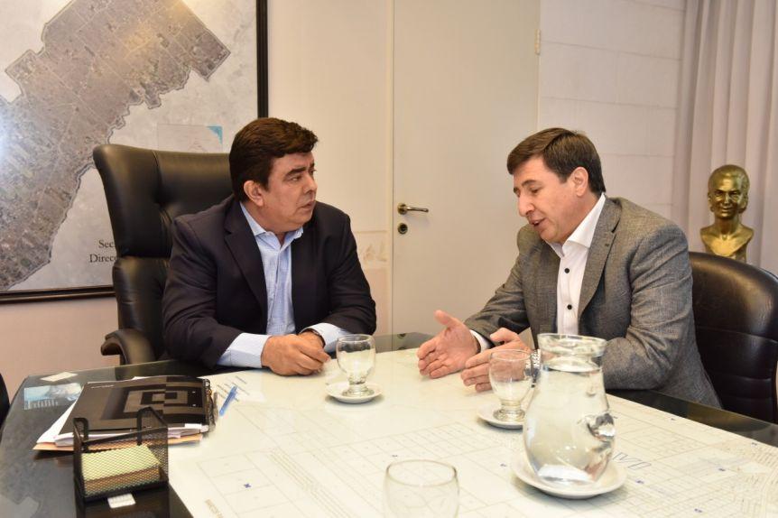 Espinoza y Arroyo lanzaron un operativo para entregar la tarjeta Alimentar en La Matanza