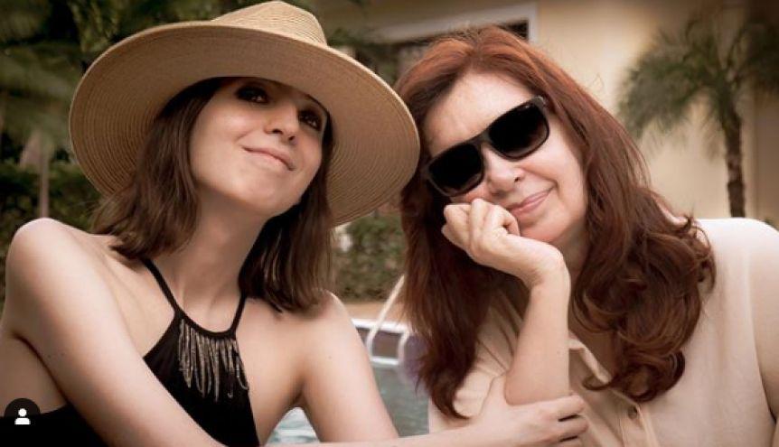 Reapareció Florencia Kirchner a un año de su estadía en Cuba