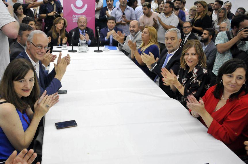 Con la presencia de ministros bonaerenses, se lanzó el Consejo Regional Argentina contra el Hambre