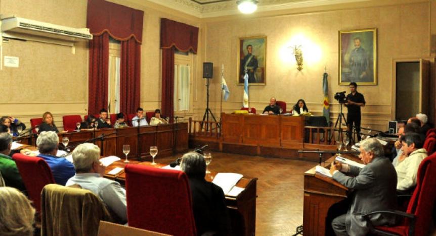 Concejales de Cambiemos y Unidad Ciudadana casi terminan a las piñas