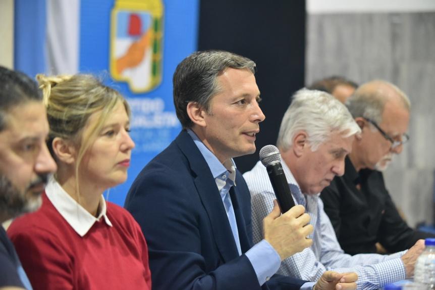 El PJ respaldó el paro convocado por Moyano y aseguró que dará pelea contra el cambio electoral