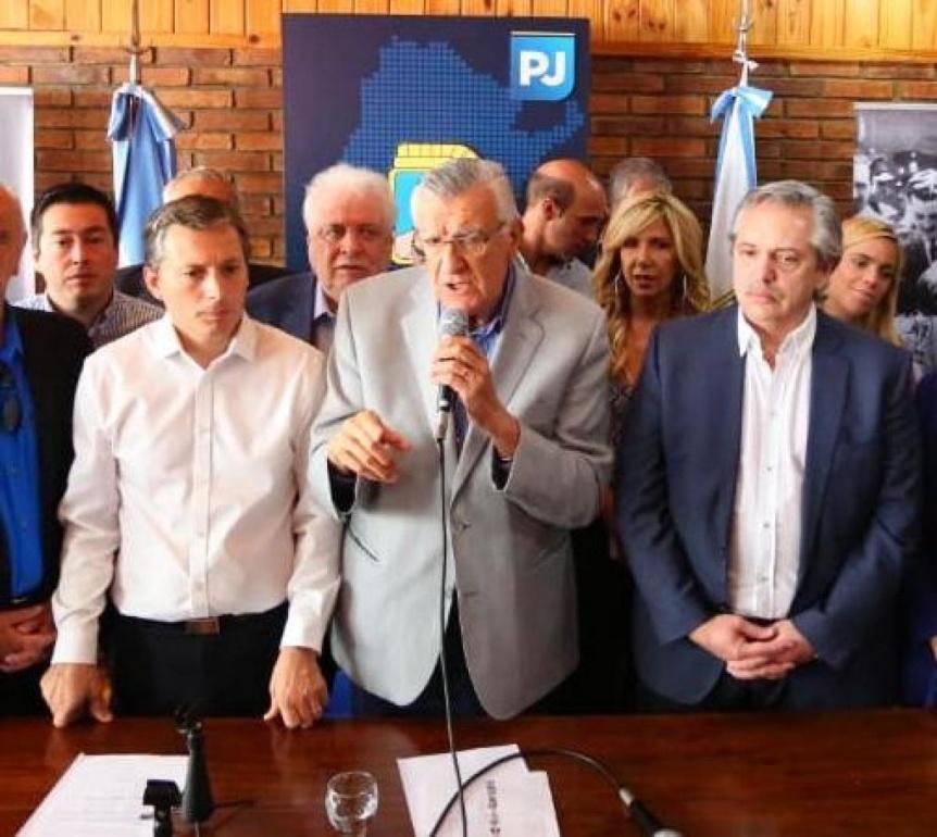 Repercusión: el PJ nacional celebró la decisión y el bonaerense se puso a disposición de AF